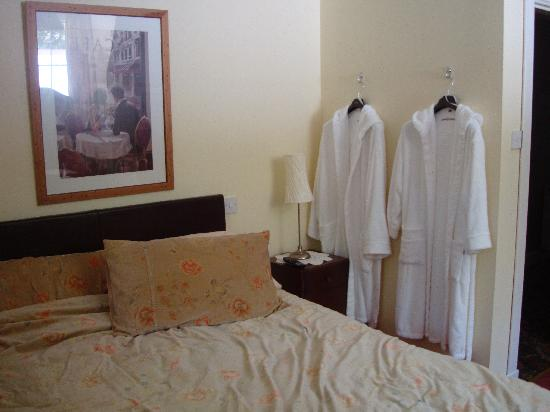 Old Drynie House: robes were a nice touch!