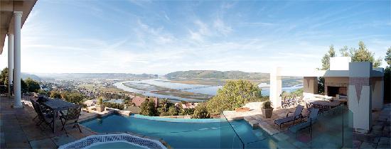 Villa Paradisa Guest House: Breathtaking Views