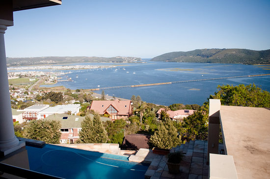 Villa Paradisa Guest House : Great Views from your room and balcony