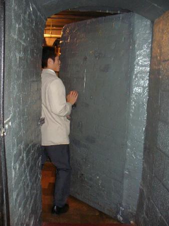 21 Club Entering The Wine Cellar