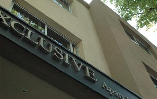 Exclusive Apart Hotel Mendoza: Entrada Principal