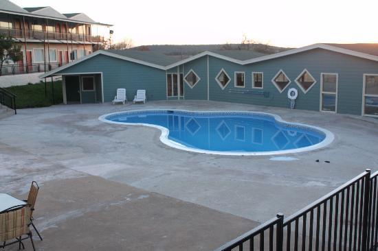 Flagship Inn : pool