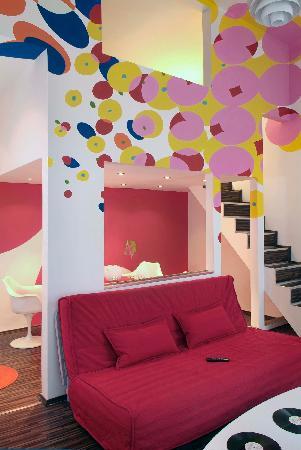 Design Apartments Budapest: Pop-Art Design Apartment