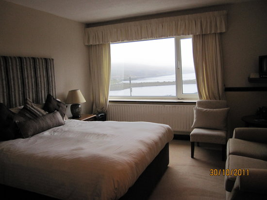 Ardagh Hotel & Restaurant: Bedroom view 2