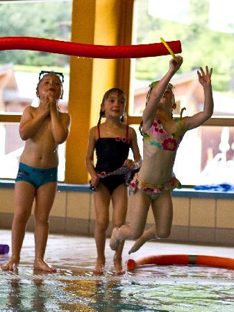Kirchleitn Dorf Kleinwild: Schwimmen