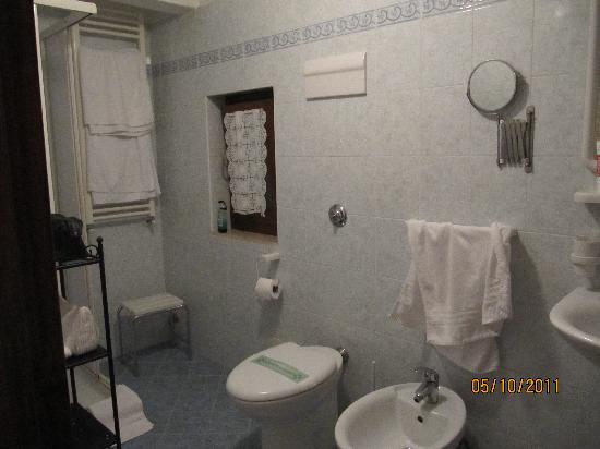 Locanda Armizo: Bathroom