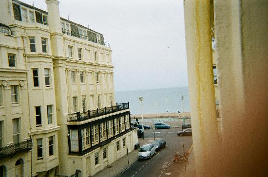 Baggies Backpackers Brighton: view from the double room