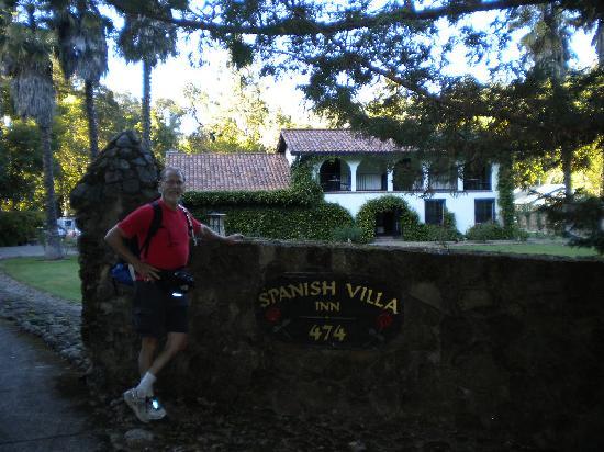 Spanish Villa Inn: Leaving Spanish Villa