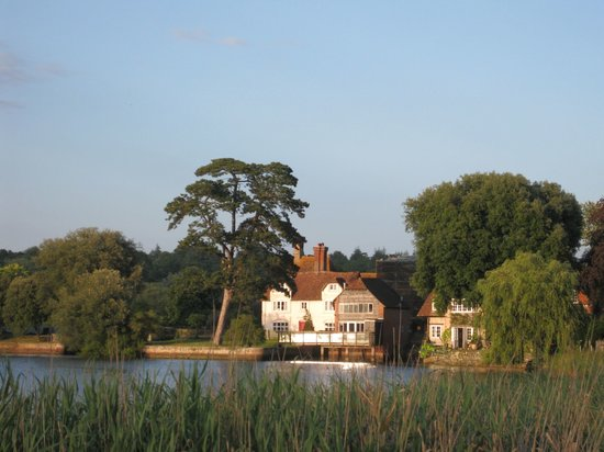 Montagu Arms Hotel : Montagu Arms from across the lake