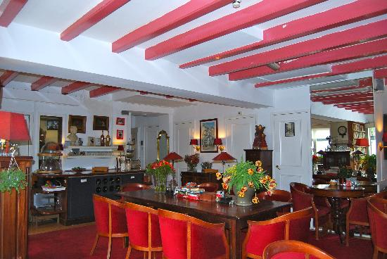 Amsterdam House Hotel: lounge and breakfast area