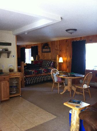 ‪‪Fall River Cabins‬: View from Living Area‬