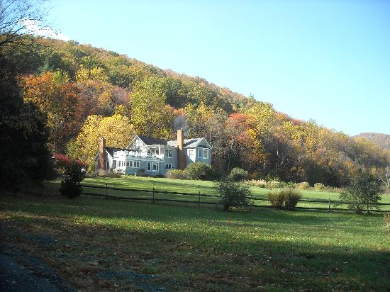 The Inn at Sugar Hollow Farm: The Inn