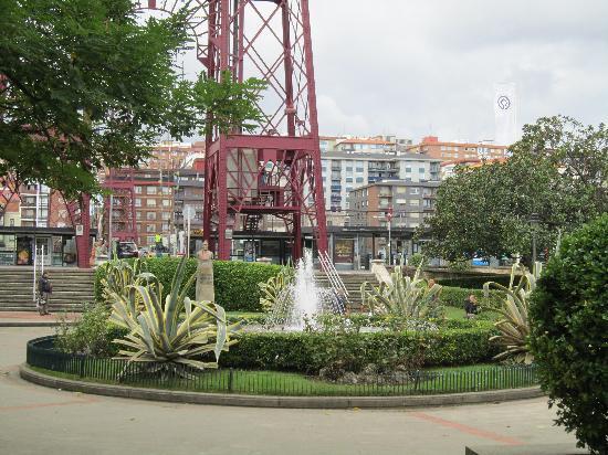 Puente Colgante Vizcaya: Getxo end of the hanging bridge