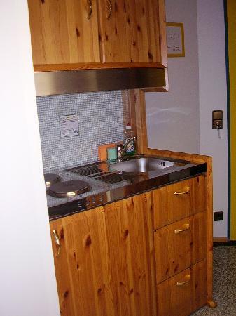 Hotel Asperner Lowe : cucinino