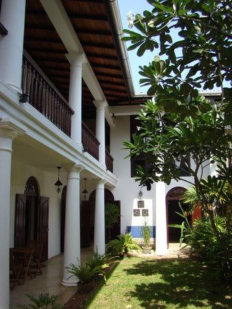 Galle Heritage Villa by Jetwing: The garden