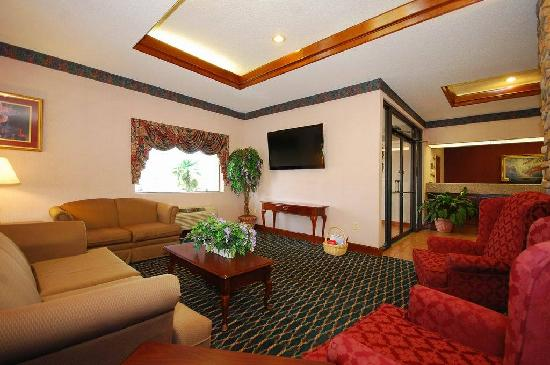 BEST WESTERN Inn & Suites: Lobby