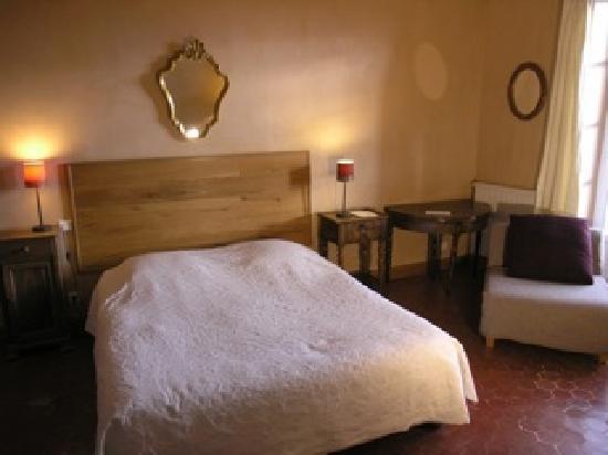 La demeure du Chateau: la chambre