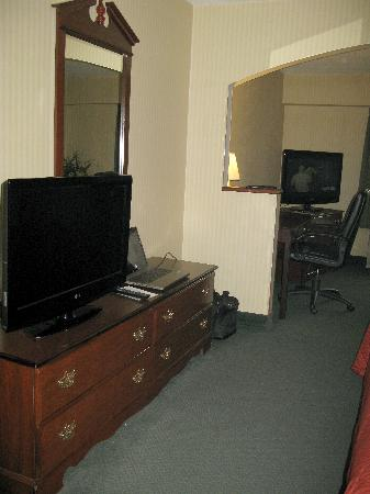 Comfort Inn Duncansville - Altoona: Bedroom tv
