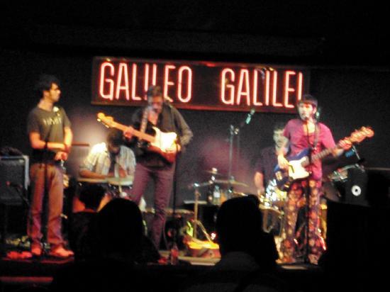 Galileo Galilei: lokale band