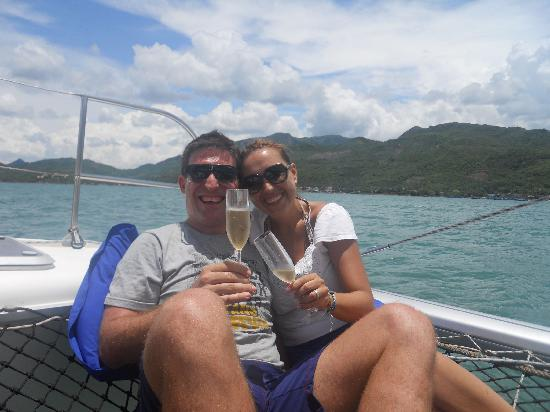 L'Alyana Villas Ninh Van Bay: Champagne francés en el mar