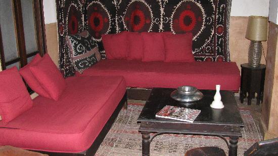 Dar Vedra: Salon intérieur