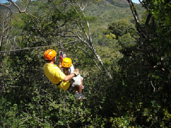 Monkey Jungle Canopy Tour & Monkey Jungle Canopy Tour (Tamarindo) - All You Need to Know ...