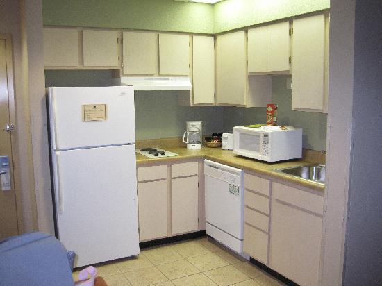 Hawthorn Suites by Wyndham Orlando Lake Buena Vista: Kitchen