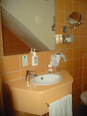 Hotel Helvetia: Badezimmer