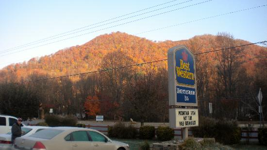 ‪‪BEST WESTERN Mountainbrook Inn‬: Fall 2011‬