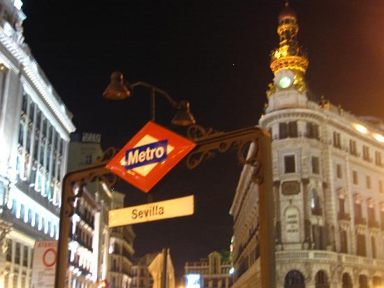 Metro sevilla madrid picture of madrid community of for Hotel calle sevilla madrid