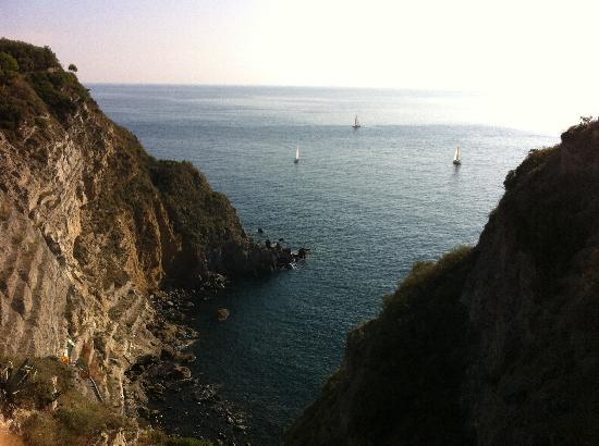 Panza, Italy: Vista dall'alto 2