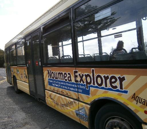 Parc zoologique et forestier: Noumea Explorer bus