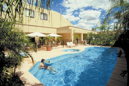 Wentworth grande resort bewertungen fotos for Preisvergleich swimmingpool