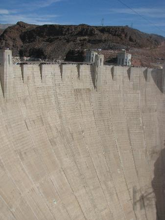 Look Tours: only other pic i got at hoover dam!!!!!!!