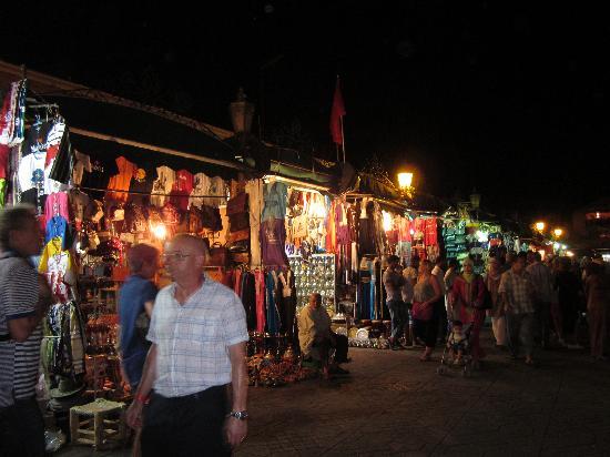 Riad Birdy: Night Markets