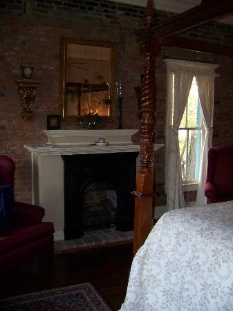 """Iron Horse Hotel Bed & Breakfast: Our """"SOUTHERN BELLE"""" room"""