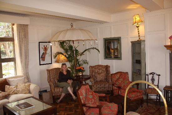 Beautiful sitting room picture of giraffe manor nairobi for Beautiful sitting rooms