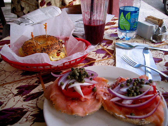 Twin City Coffee House: Breakfast Bagels
