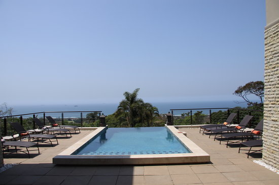 Endless Horizons Boutique Hotel: Pool area