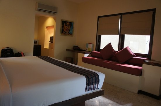 Qunci Villas Hotel: king bed room