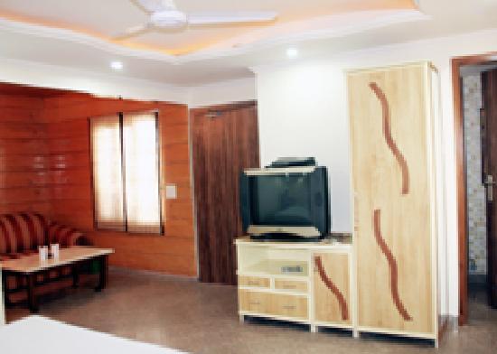Hotel Aman Palace Delhi: Luxury Room