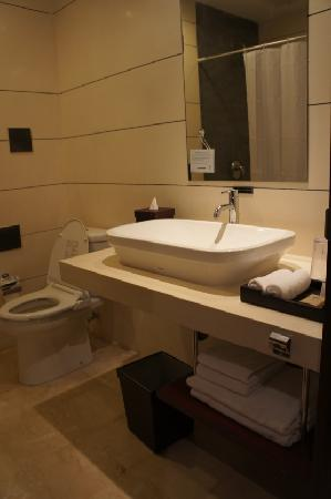 Amadea Resort & Villas: bathroom