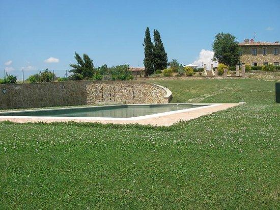Agriturismo Casa Andrei Nuovo: Vista Agriturismo zona piscina