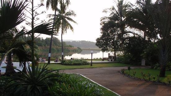 Devaaya Ayurveda & Nature cure Centre: tranquil riverside for meditation