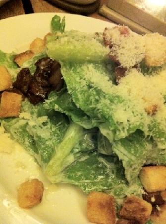 Il Salotto Samui restaurant : ceasar salad