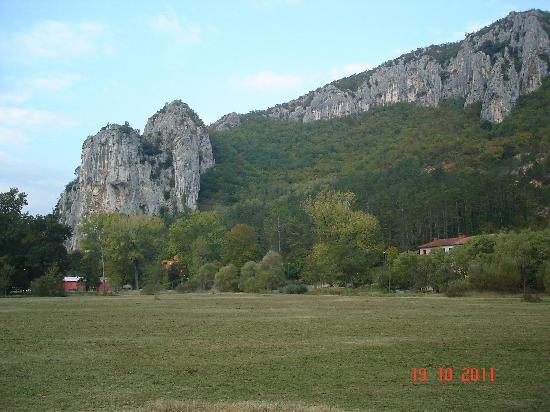 Istarske Toplice: territory of the hotel