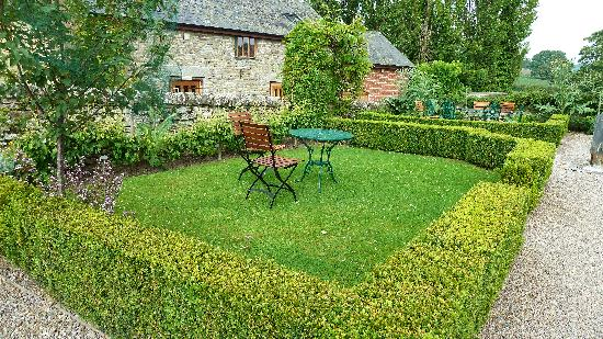 The Stagg Inn: The Stagg's garden