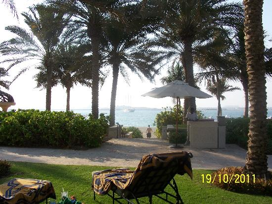 The Palace at One&Only Royal Mirage Dubai: View of the beach from the garden by the pool
