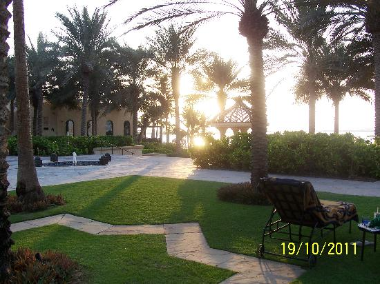 The Palace at One&Only Royal Mirage Dubai: View of the beach from the left