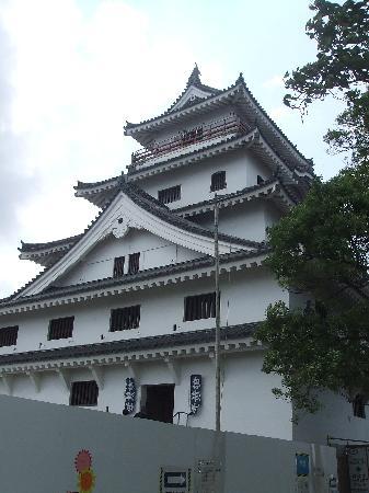 Karatsu Castle: コメントを入力してください (必須)